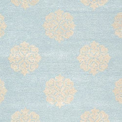 Safavieh Handmade Soho Medallion Light Blue N. Z. Wool Rug (8'3 x 11')