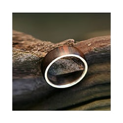 Handmade Sterling Silver 'Love Of Nature' Men's Wood Ring (Brazil)
