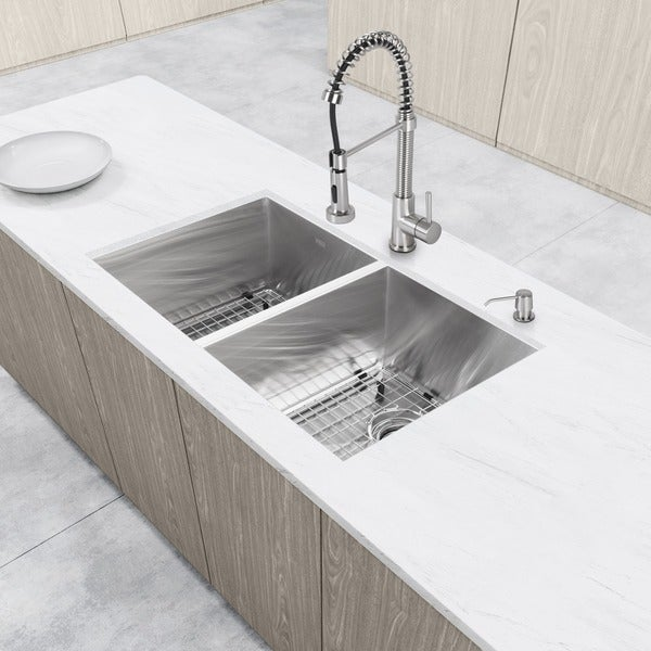 """VIGO All-In-One 32"""" Suffolk Stainless Steel Undermount Kitchen Sink Set With Edison Faucet In Stainless Steel"""