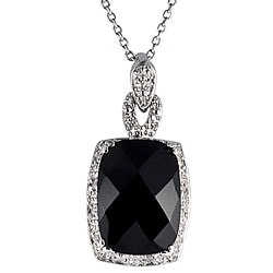 Sterling Silver Black Onyx and 1/10ct TDW Diamond Necklace (J-K, I1-I2)