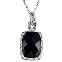 Sterling Silver Black Onyx and 1/10ct TDW Diamond Necklace (J-K, I1-I2)