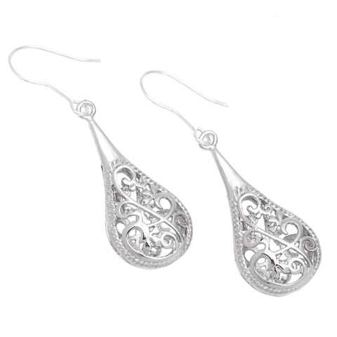 Handmade 1-inch Silver Filigree Raindrop Earrings (China)