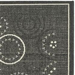 Safavieh Ocean Swirls Black/ Sand Indoor/ Outdoor Rug (2'7 x 5') - Thumbnail 1