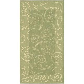 Safavieh Oasis Scrollwork Olive Green/ Natural Indoor/ Outdoor Rug - 4' x 5'7