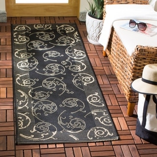 Safavieh Oasis Scrollwork Black/ Sand Indoor/ Outdoor Runner (2'4 x 9'11)