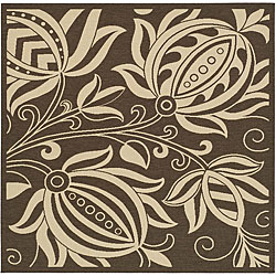 Safavieh Indoor/ Outdoor Andros Chocolate/ Natural Rug (7'10 Square)