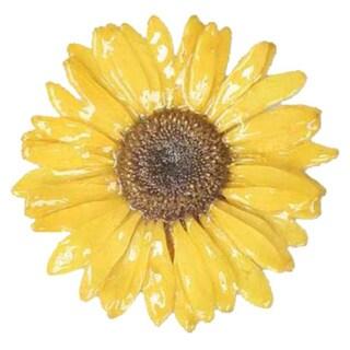 Handmade Silver 'Blossom into Yellow' Natural Gerbera Brooch (Thailand) https://ak1.ostkcdn.com/images/products/4810706/P12705595.jpg?_ostk_perf_=percv&impolicy=medium