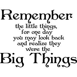 Design on Style 'Remember the Little Things' Black Vinyl Wall Art Quote