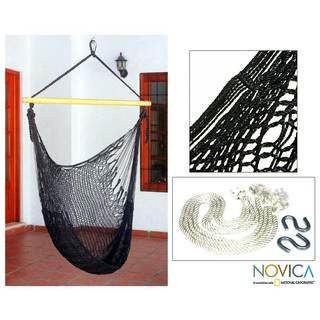 Handmade Nylon and Banak Wood 'Caribbean Nights' Hammock (Mexico)