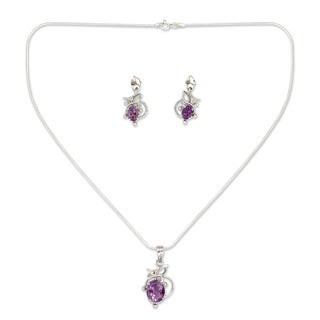 Handmade Wisteria Oval Purple Amethysts in Rhodium Plated 925 Sterling Silver Pendant Necklace and Earrings Set (India)
