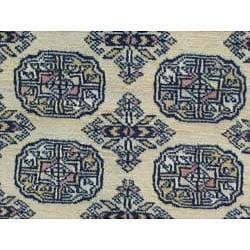 Pakistani Hand-knotted Bokhara Beige/ Black Wool Runner (2'8 x 12')
