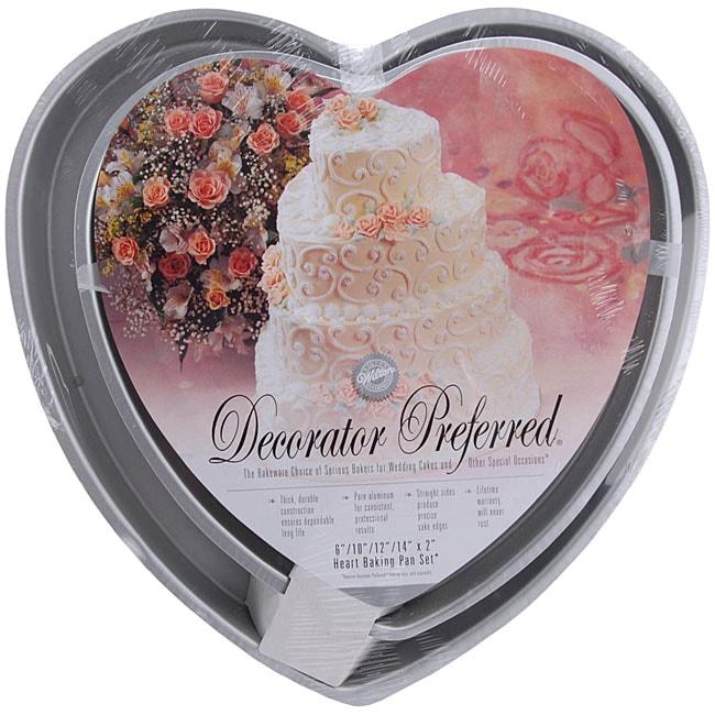 Decorator Preferred Heart Cake Pan Set