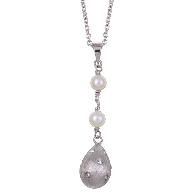 Kabella Sterling Silver Freshwater Pearl and Crystal Necklace (4.5-5 mm)