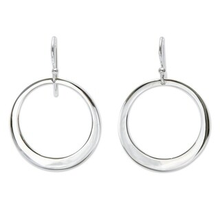 Handmade Sterling Silver 'Perfect Moon' Dangle Earrings (Peru)