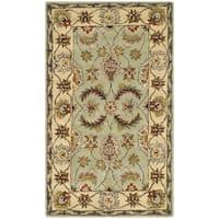 Safavieh Handmade Heritage Traditional Oushak Light Green/ Ivory Wool Rug - 4' x 6'