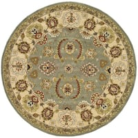Safavieh Handmade Heritage Traditional Oushak Light Green/ Ivory Wool Rug - 8' x 8' Round