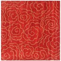 Safavieh Handmade Soho Roses Red New Zealand Wool Rug - 6' x 6' Square