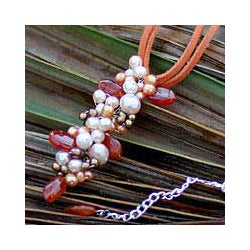 Handmade Pearl and Carnelian 'Ginger Fascination' Pendant Necklace (Thailand)