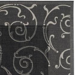 Safavieh Oasis Scrollwork Black/ Sand Indoor/ Outdoor Rug (6' 7 Square) - Thumbnail 1