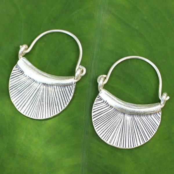 Handmade Silver Diva Hoop Style Karen Hill Tribe Fashon Earrings (Thailand)
