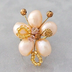 Handmade Pearl Flower Adjustable Ring (Thailand)