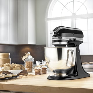 KitchenAid KSM150PSOB Onyx Black 5-quart Artisan Tilt-Head Stand Mixer *with $50 Rebate*