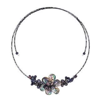Handmade Memory Wire Black Pearl Cluster Flower Choker (Thailand)