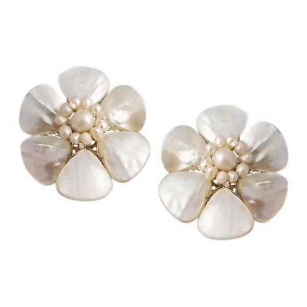 Handmade White Mother of Pearl Flower Clip-on Earrings (Thailand)