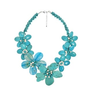 Handmade Turquoise/ Chalcedony Flower Necklace (Thailand) - Blue