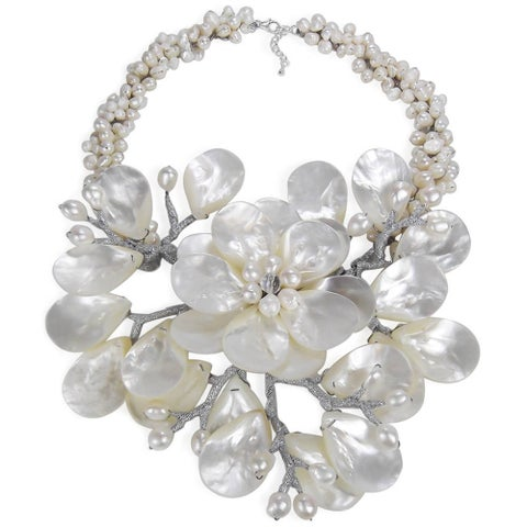 Handmade Sterling Silver Pearl and Mother of Pearl Colossal Floral Necklace (Thailand) - White