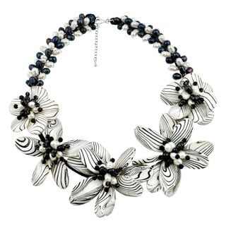 Handmade Sterling Silver Pearl and Painted Mother of Pearl Floral Necklace (Thailand)