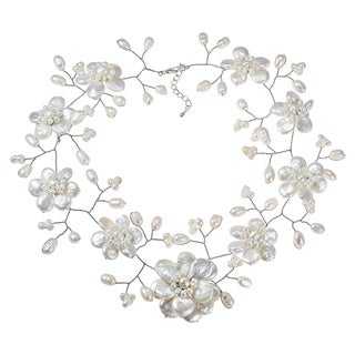 Handmade Sterling Silver 'Lace Sakura' White Pearl Flower Necklace (Thailand)