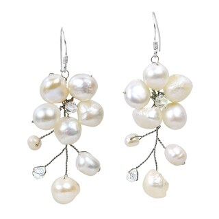 Handmade Sterling Silver Dreamy Nature Pearl Earrings (Thailand)