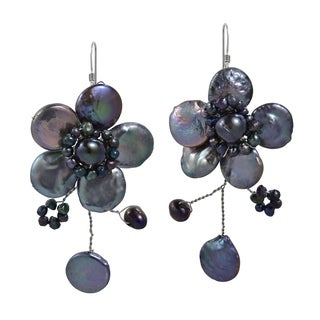 Sterling Silver 'Lace Sakura' Black Pearl Flower Earrings (Thailand)