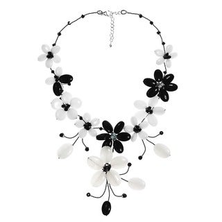 Handmade Stainless Steel Black Agate and Moonstone Flower Necklace (Thailand)