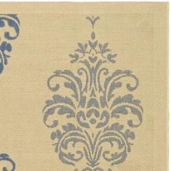 Safavieh St. Martin Damask Natural/ Blue Indoor/ Outdoor Rug (7'10 Square) - Thumbnail 1