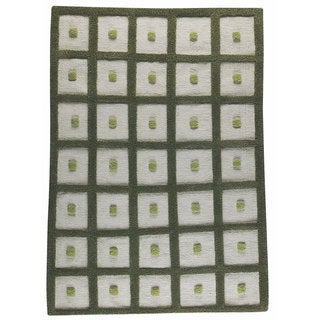 M.A.Trading Hand-woven Frame Green Wool Rug (5'6 x 7'10)