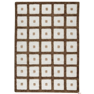 M.A.Trading Hand-woven Frame Brown Wool Rug (5'6 x 7'10) (India)
