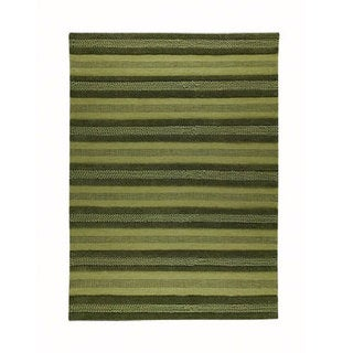 M.A.Trading Hand-woven Grenada Green Wool Rug (5'6 x 7'10)