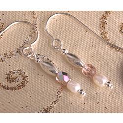 Handmade Sweet Mya Valentine Pearl Earrings (3 mm)