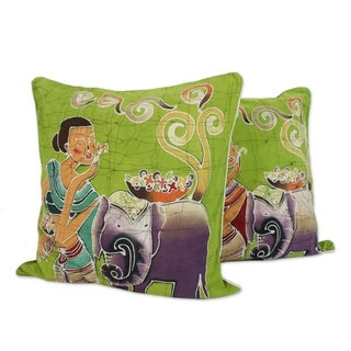 Handmade Set of 2 Cotton 'Flowery Day' Cushion Covers (Thailand)