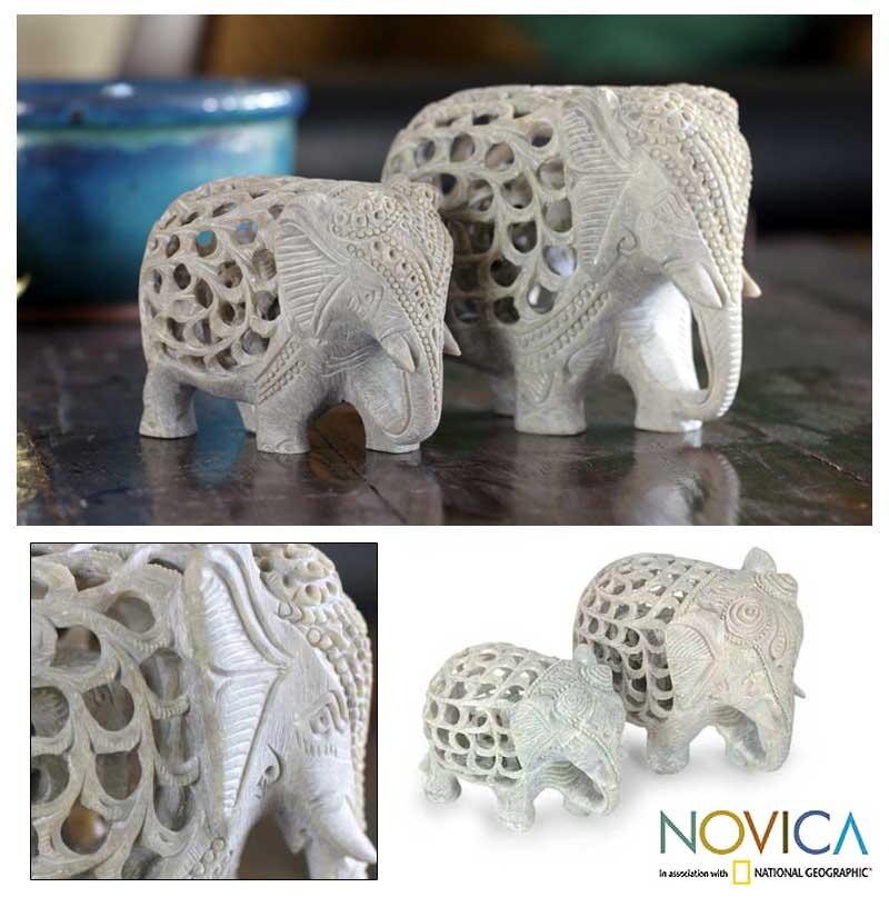 Handmade Soapstone 'Elephant Duet' Sculptures (Set of 2) (India)