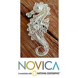 Silver 'Shining Seahorse' Filigree Brooch (Peru)