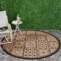 "Safavieh Contemporary Indoor/Outdoor Black/Natural Rug - 6'7"" x 6'7"" round"
