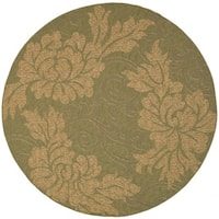 "Safavieh Indoor/ Outdoor Green/ Natural Rug (6'7 Round) - 6'-7"" x 6'-7"" round"
