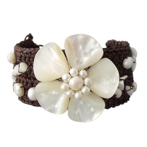 Handmade Mother of Pearl Handmade Flower Bracelet (Thailand)