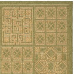 Safavieh Indoor/ Outdoor Green/ Natural Rug (9' x 12') - Thumbnail 1
