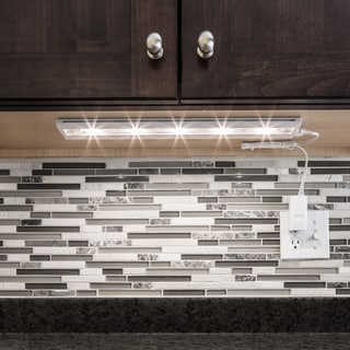 White LED 18-inch Undercabinet Light