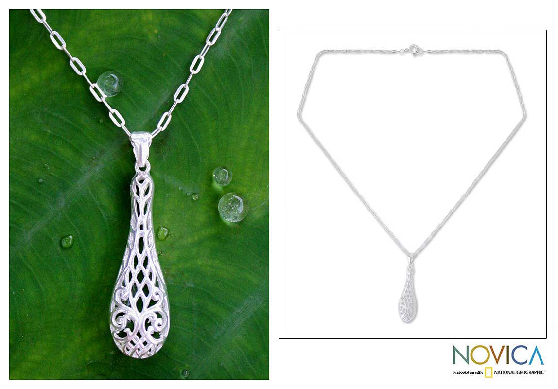 Sterling Silver 'Thai Lace' Pendant Necklace (Thailand)