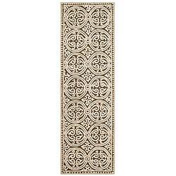 Safavieh Handmade Moroccan Cambridge Brown Wool Rug (2'6 x 10') - 2'6 x 10'